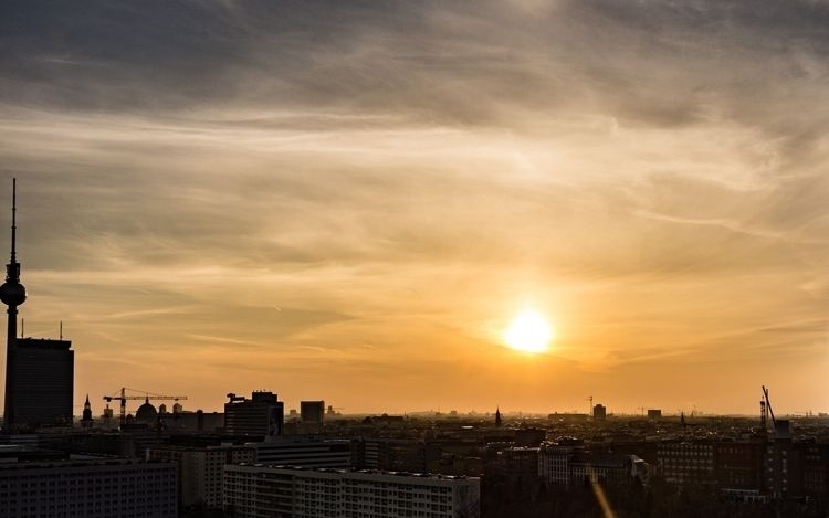 sunset, Berlin - sky, skyline, smc - izoerkler | ello