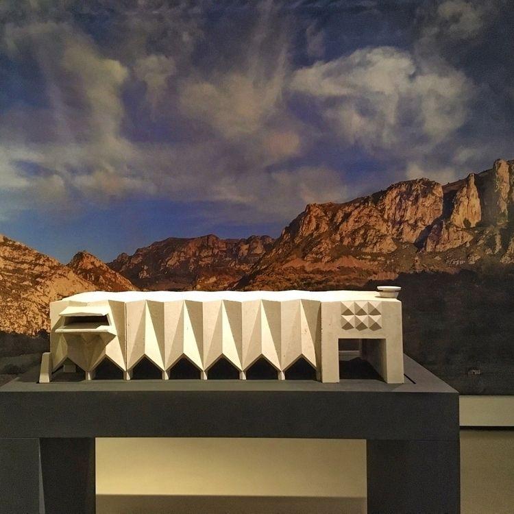 Arquitectura de espacios eléctr - antoniofse | ello