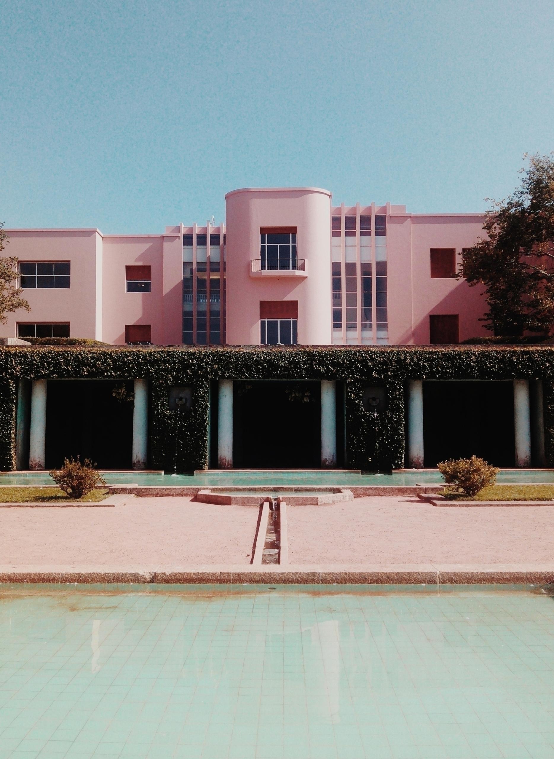 Accidentally Wes Anderson - architecture - lapremioqueen | ello