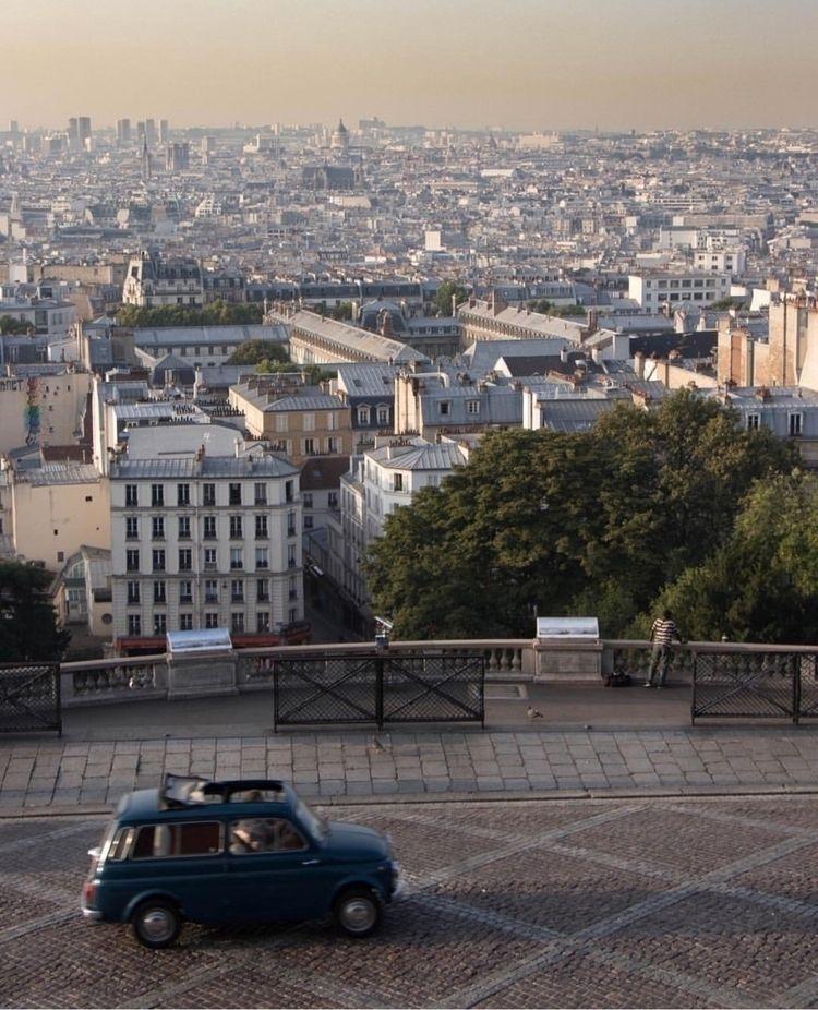 Paris Moments - madebyfelix | ello