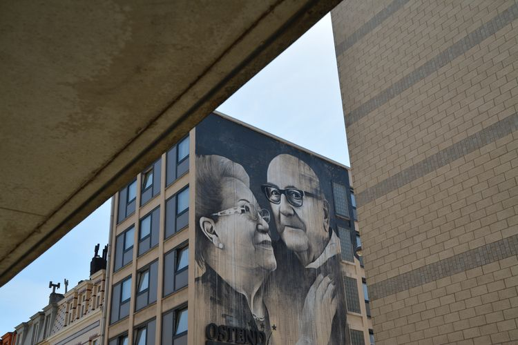 oostende, streetphotography, streetart - koenraadeneman | ello