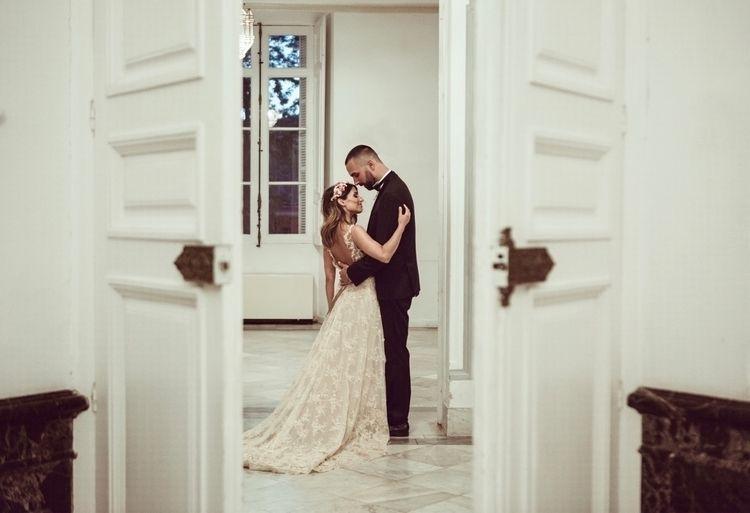 Hoy en el Blog la preciosa boda - dilequesi | ello