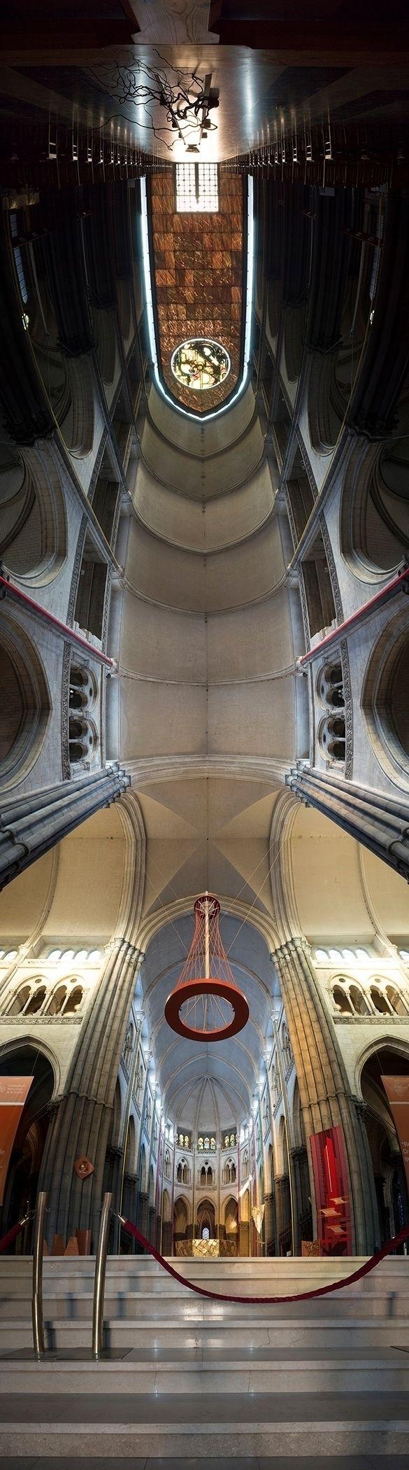 Architecture: église ou cathédr - gclavet   ello