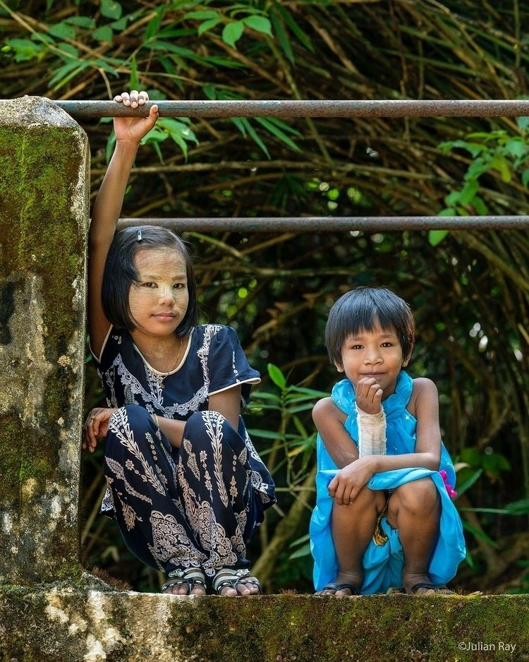 friends - myanmar, burma, commercial_photography - julianrayphotography | ello