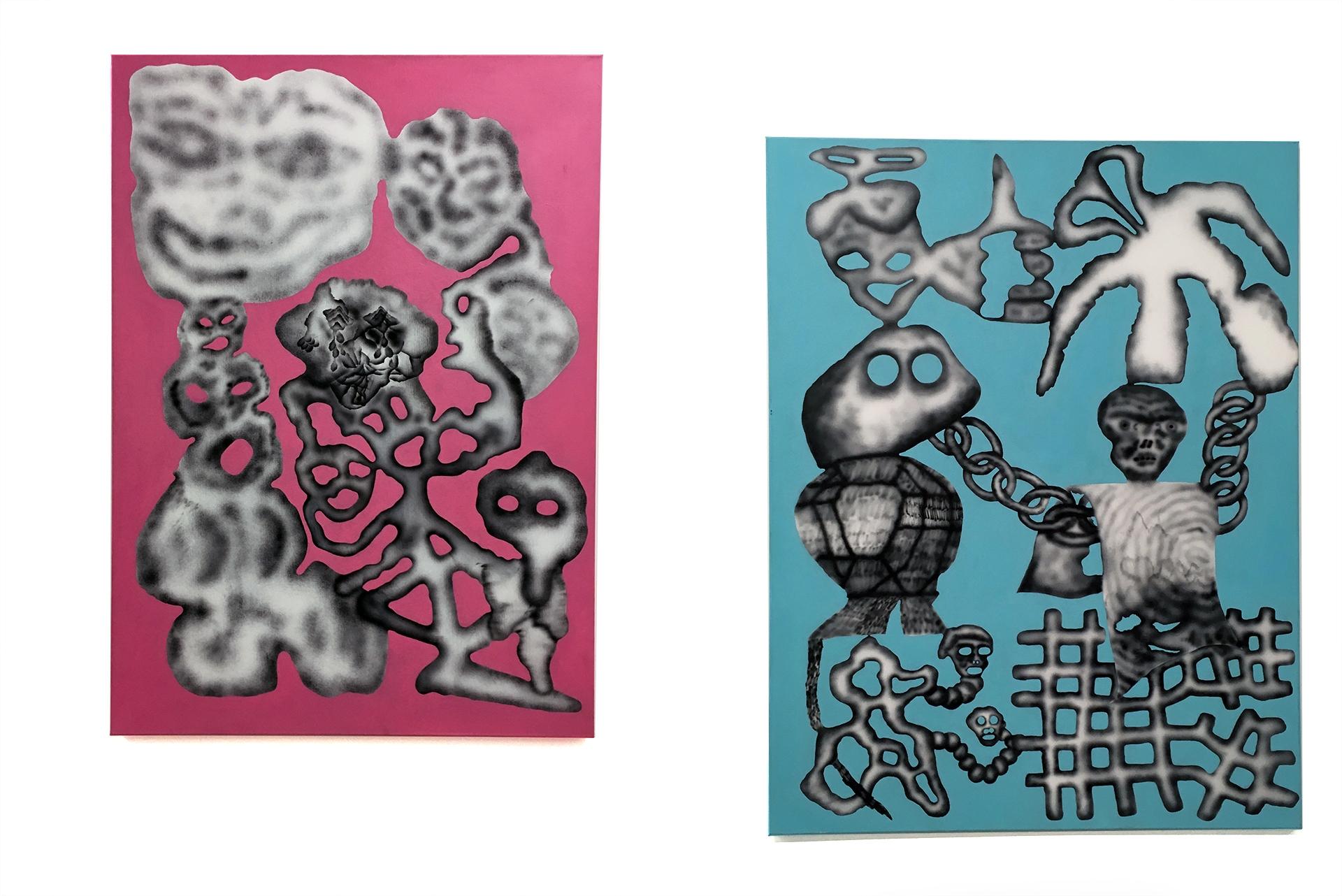 Obraz przedstawia dwa obrazy artysty. Jeden w tonacji różowej, drugi niebieskiej. Całość na białym tle.