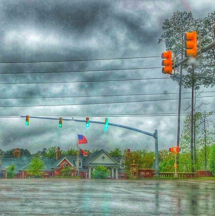 Rainy days - eraddatz | ello