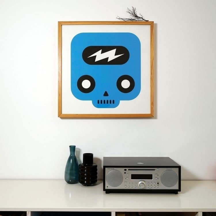 SKULLIEN / Screenprint 50x50 cm - martinbaaske | ello
