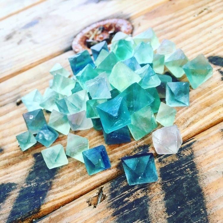 Fluorite octahedron gems - crystals - mermaidtearshawaii | ello
