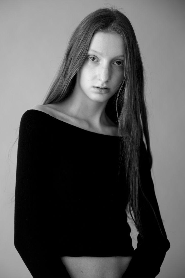 Model: Caroline Gidlow Agency:  - braden_schlegel | ello