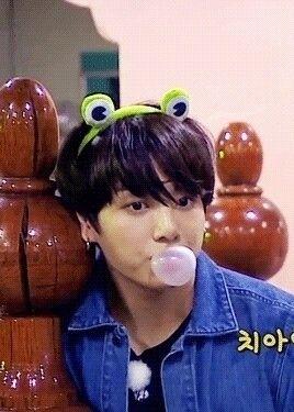 eu sou muito apaixonada por jeo - junggukie | ello