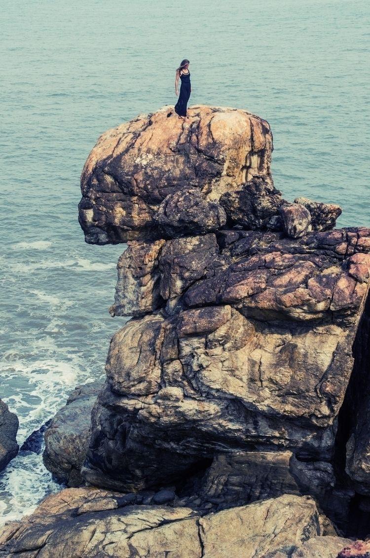 Find tallest stand climbing - fashion - amyrollo | ello