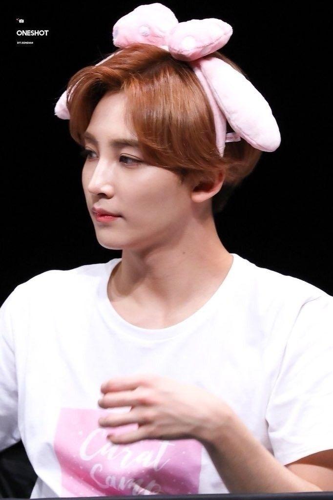 • jeonghan × seventeen - seventeenpics | ello
