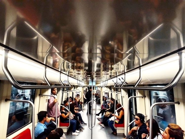 Línea 6 - tren, train, metro, subte - guillermozerda | ello