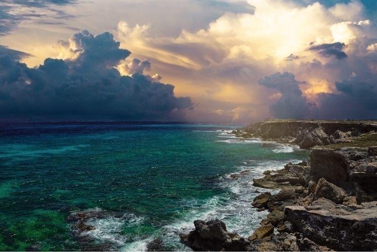 Isla Mujeres, Mexico - vacation - langleyseye   ello