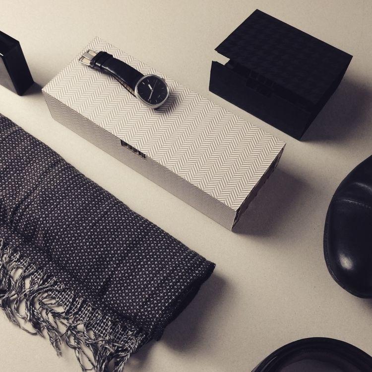 B03.17 V03 / Serie di cofanetti - itemlab_designstudio | ello