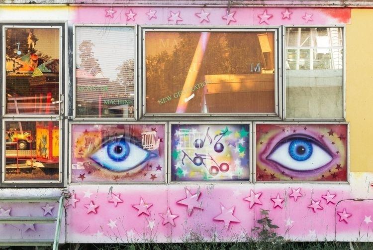 location - street, photography, bizarre - xyz_prg | ello