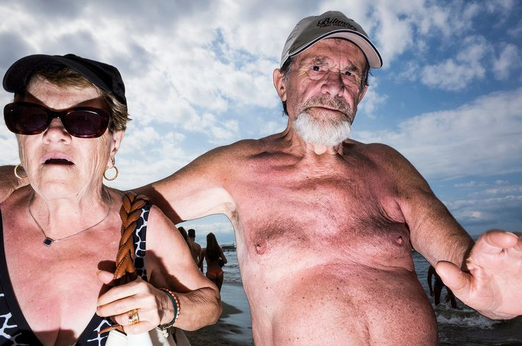 Lido Di Camaiore 2016 - streetphotography - salvatorematarazzo | ello