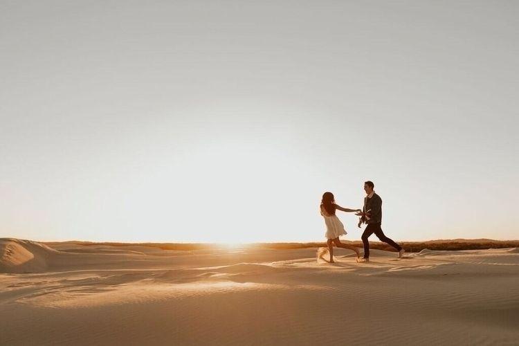 Sunset dancing love lifeeee - talhymans | ello