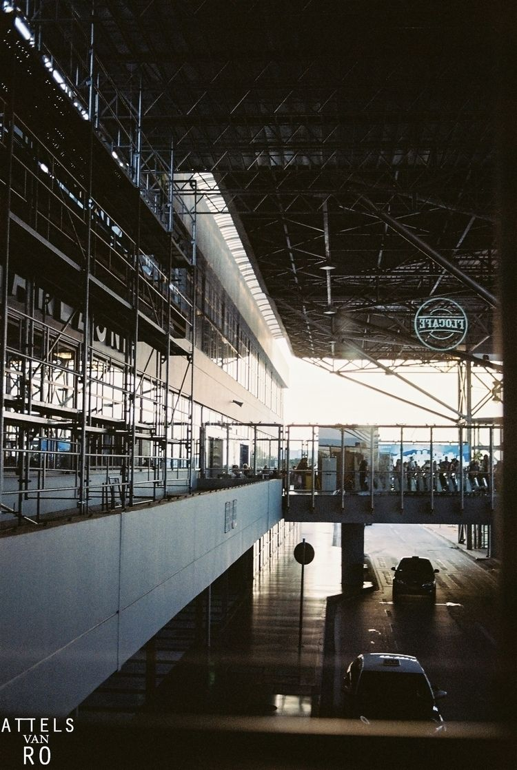 Airport vibes - shotonfilm, analogue - attelsvanro | ello