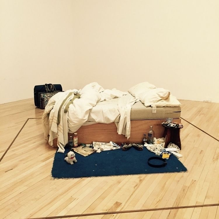deeply touched Tracey Bed Tate  - nguyenhonghaidang | ello
