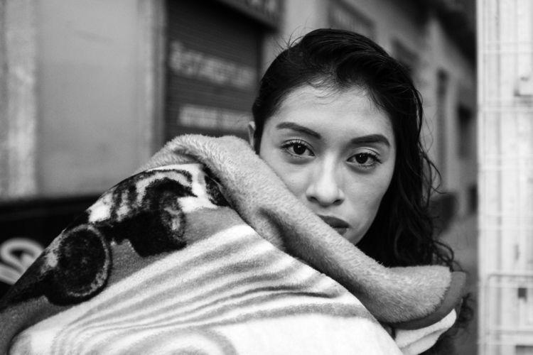 street portrait Mexican woman m - trovatten | ello