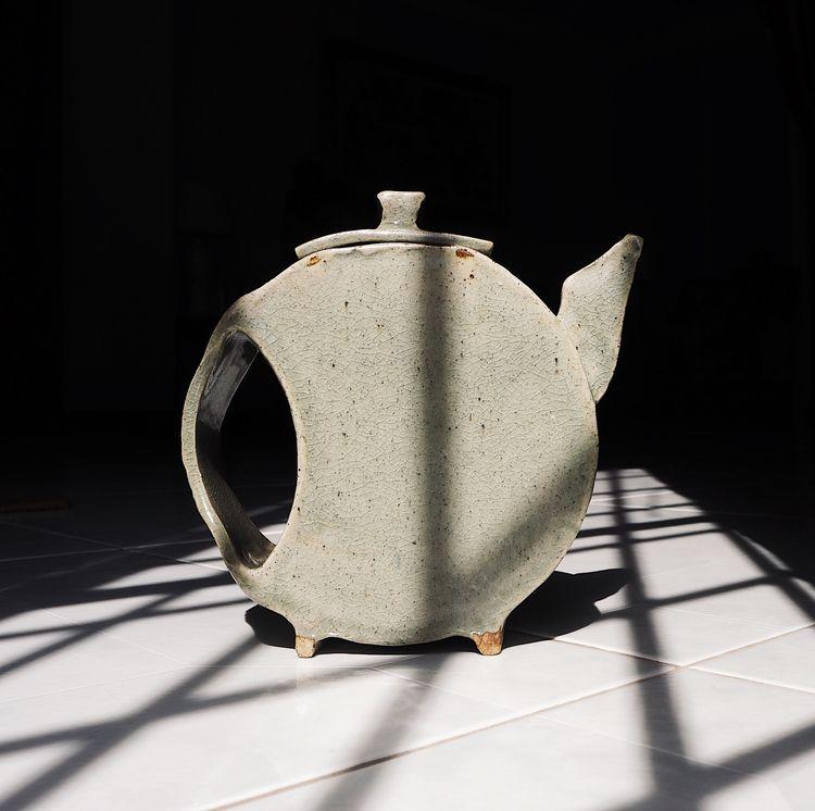 Lunar Teapot Website | Instagra - gicatam | ello