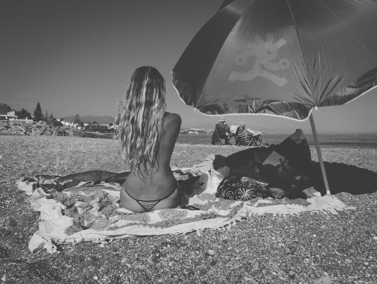 works: beach - playa, rubia, blonde - natxodiego | ello
