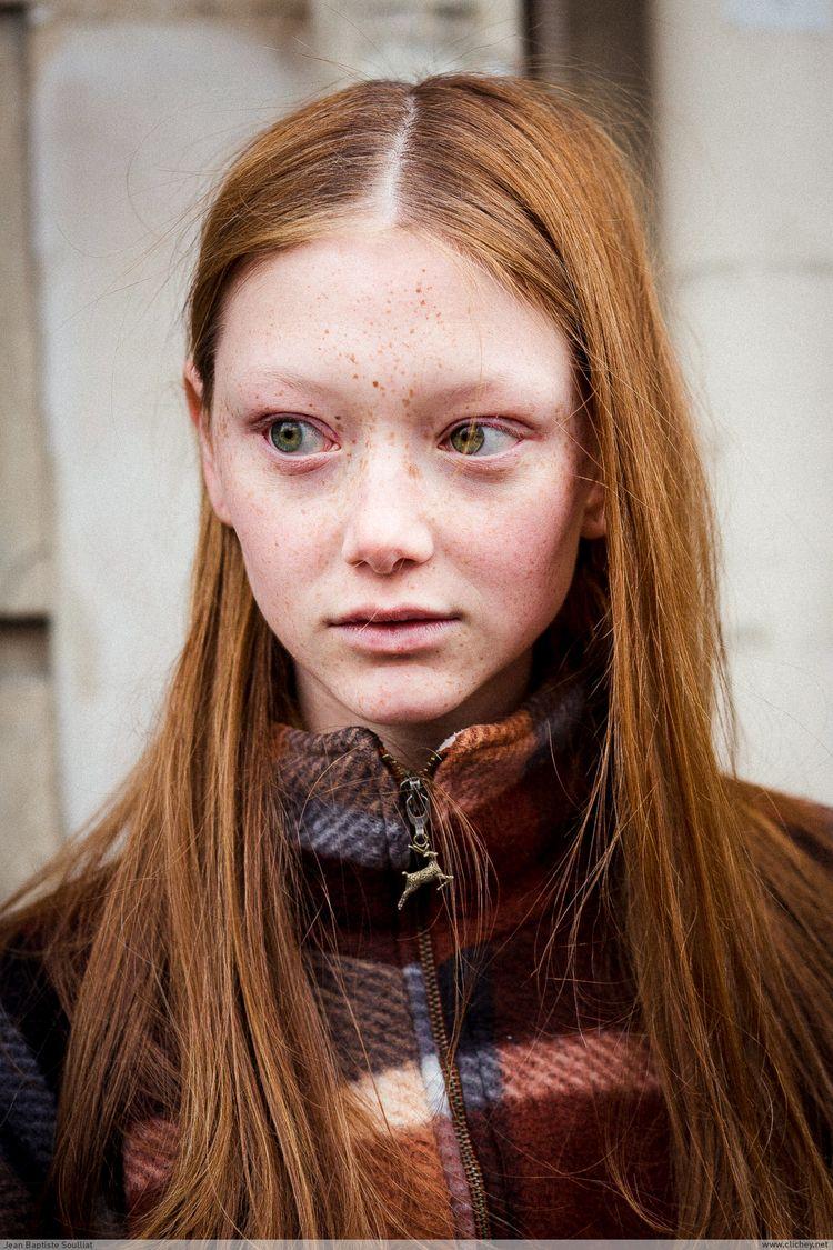 Sara Grace Wallerstedt / Dior F - clichey | ello