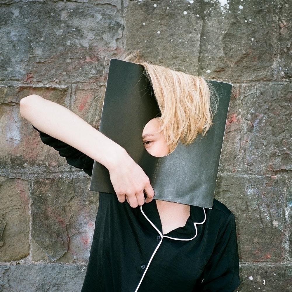 artist model anna kuen - dominikgeiger | ello