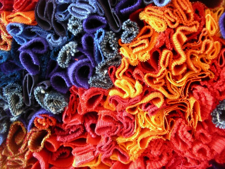 Prodded rag rug technique wall  - firehorsetextiles | ello
