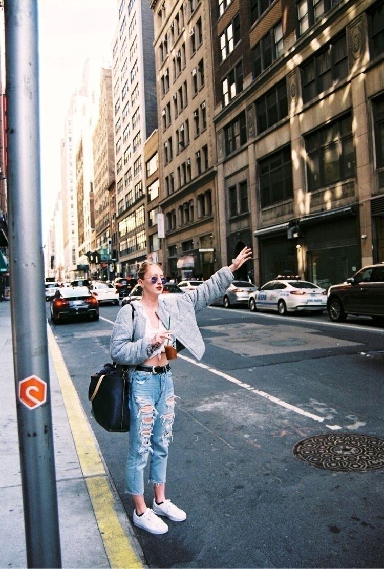 Carly navigating NYC ballet aud - alexiagarzagomez | ello