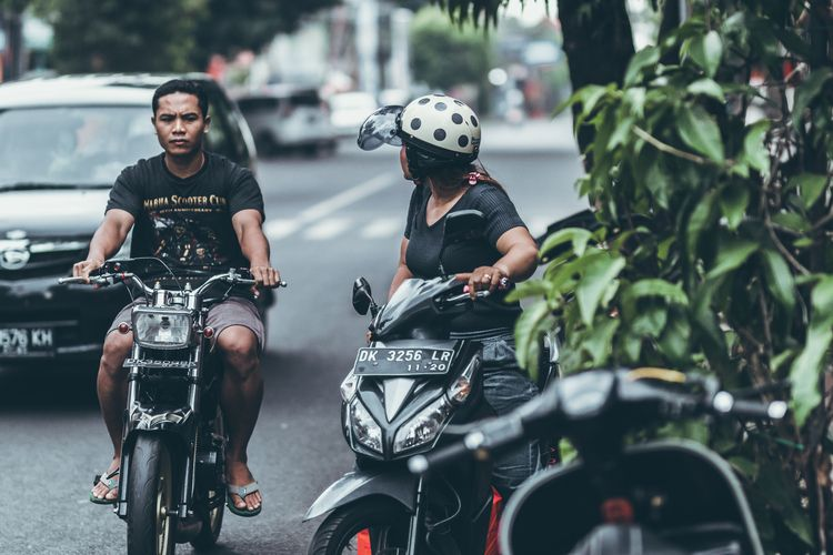 Road traffic Bali. Ubud area. M - belart84 | ello
