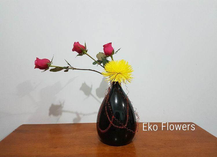 fun design - roses, spider mum  - ekoflowers | ello