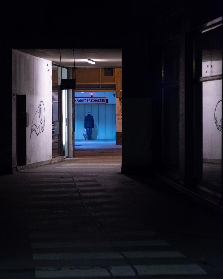 streetphotography - nightphotography - -osa- | ello