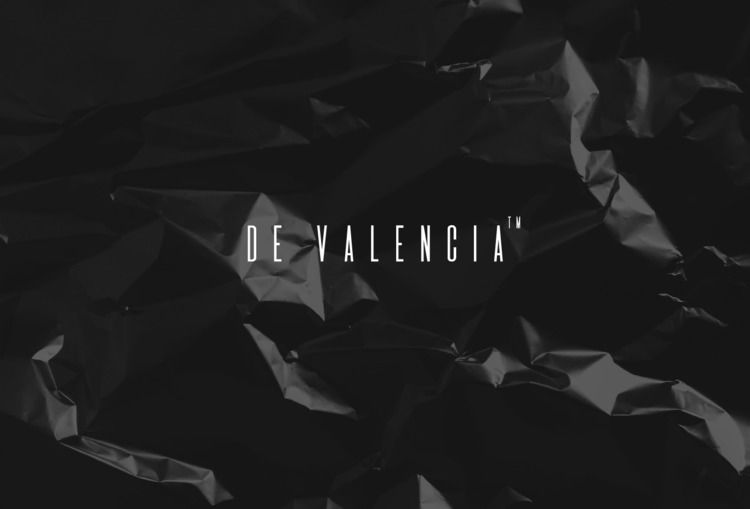 De Valencia monospaced display  - manuelfcg | ello