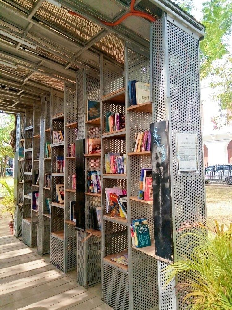 Public Library - cjsilan | ello