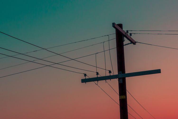 volatile - minimalism, sky, surreal - kylie_hazzard_visuals | ello