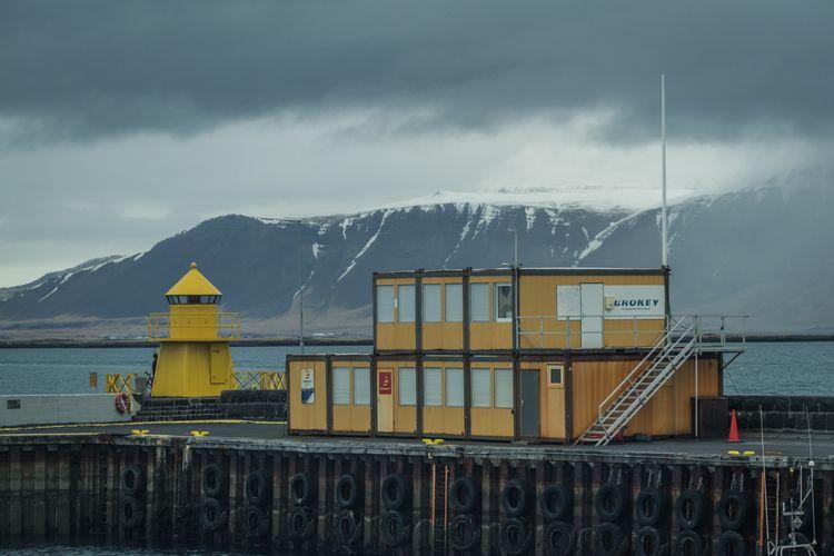 Day Docks Icelandic sun familia - jeffmoreau | ello