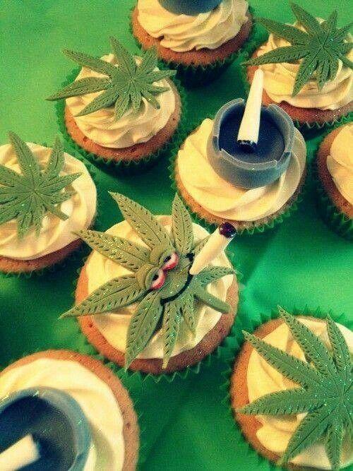 Baked cupcakes  - lolosbri | ello