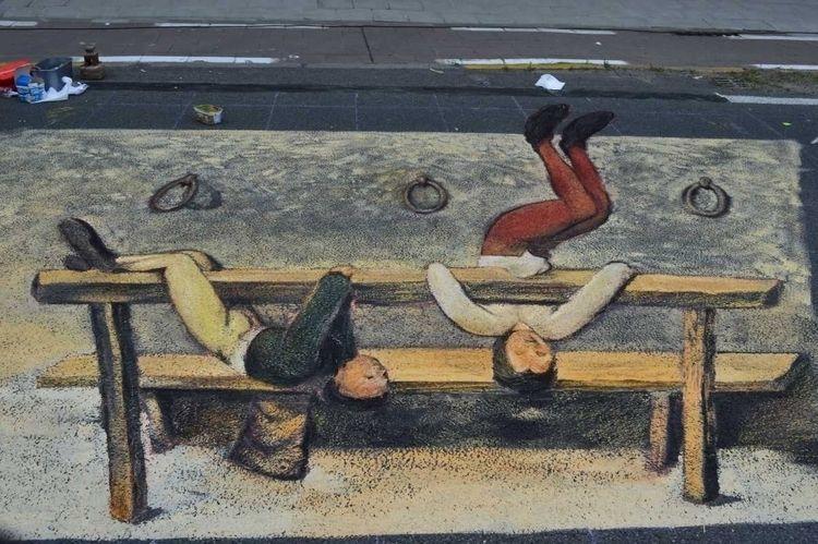 Brueghel, sonjAMAZEreel, streetart - sonjamazereel | ello