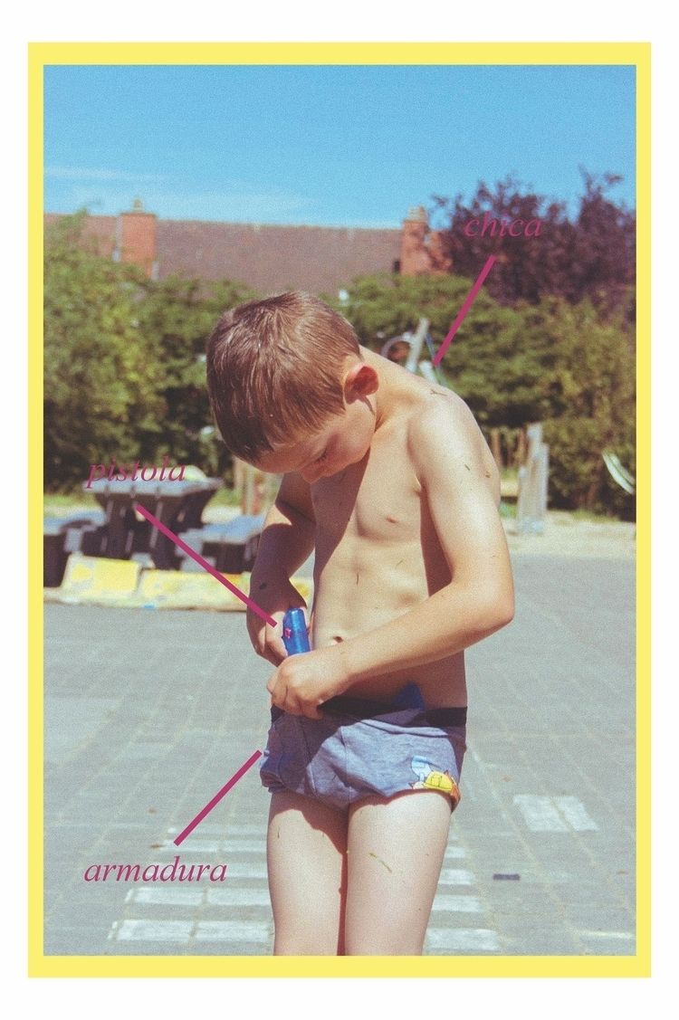 Atanomy boy - gun, child, vintage - vanloo | ello