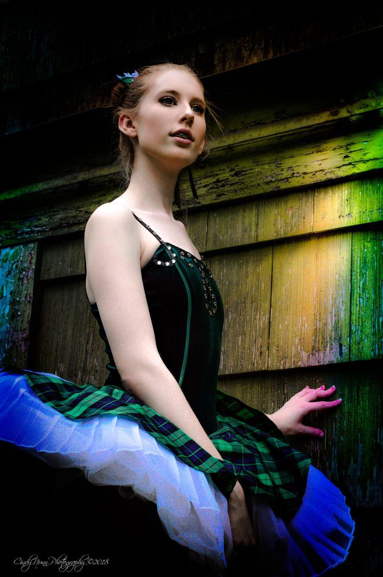 Backwoods Ballerina series. Mod - cindynunn11 | ello