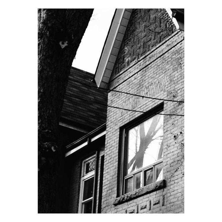 reflecting - blackandwhite, blackandwhitephotography - pjlsee | ello