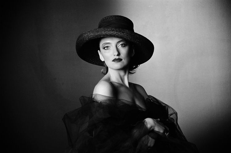 2004. Photo SVIATOSLAV. Actress - sviatoslavs | ello