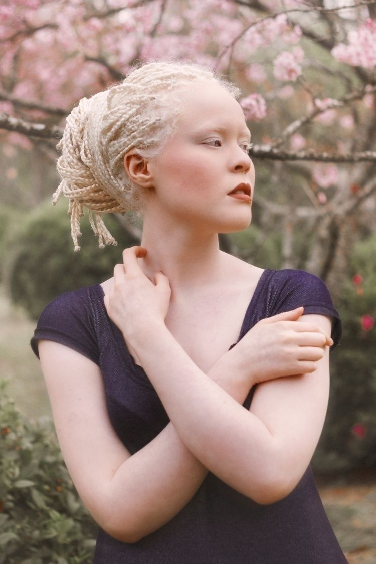 Model: Ana Beatriz Photography  - jhonismartins   ello