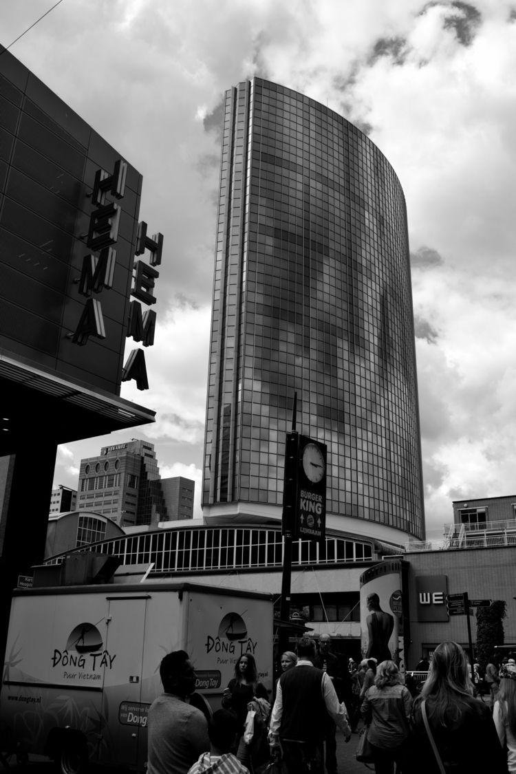 :cityscape:HORA PUNTA:clock3:  - bannzzai | ello