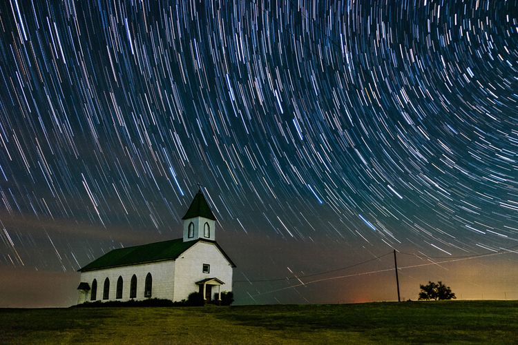 Star Trails church - photography - timothy_hoang | ello