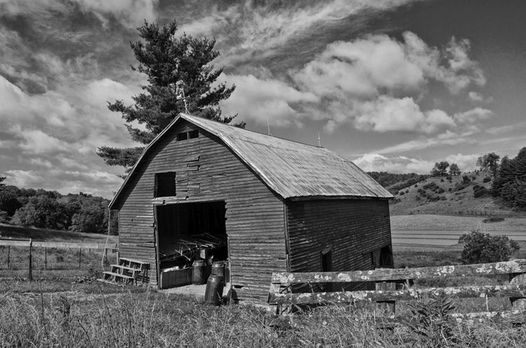 Related Posts - bw,#blueridge,#blueridgeparkway,#Virginia,#barns,#blackandwhite,#travel,#art, - mark57nc | ello