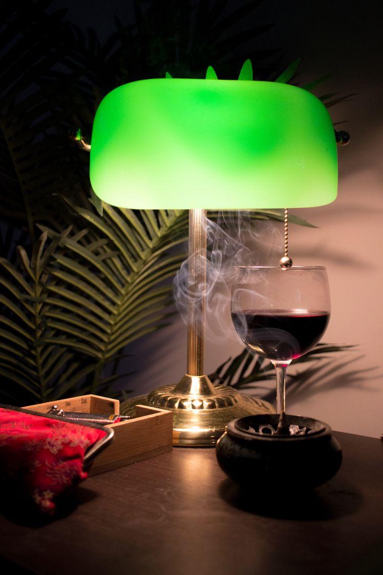 smoke light - drermn | ello