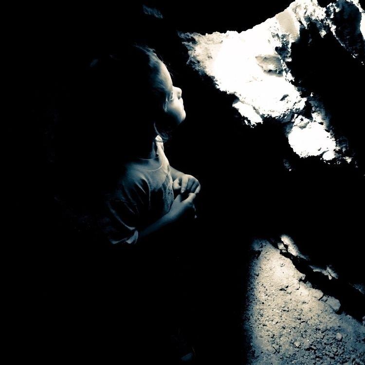 Light darkness - blackandwhite, innocence - chubbydude | ello